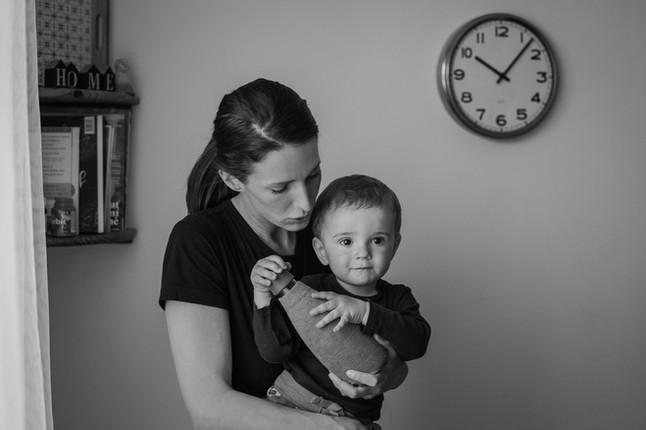 Rodinná fotografie matka a dítě ve městě Zlín