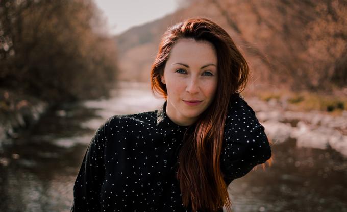 Portrétní foto modelky v Rožnově pod Radhoštěm
