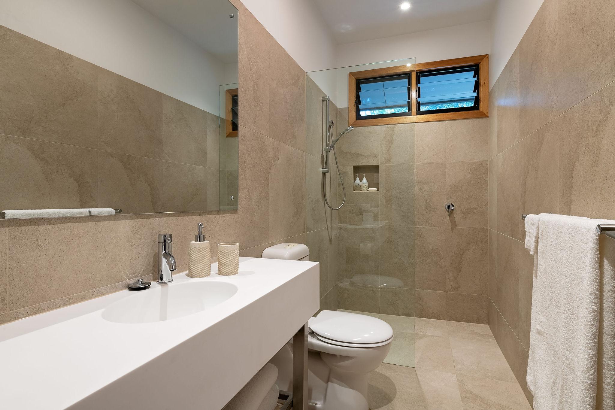 dunes bathroom