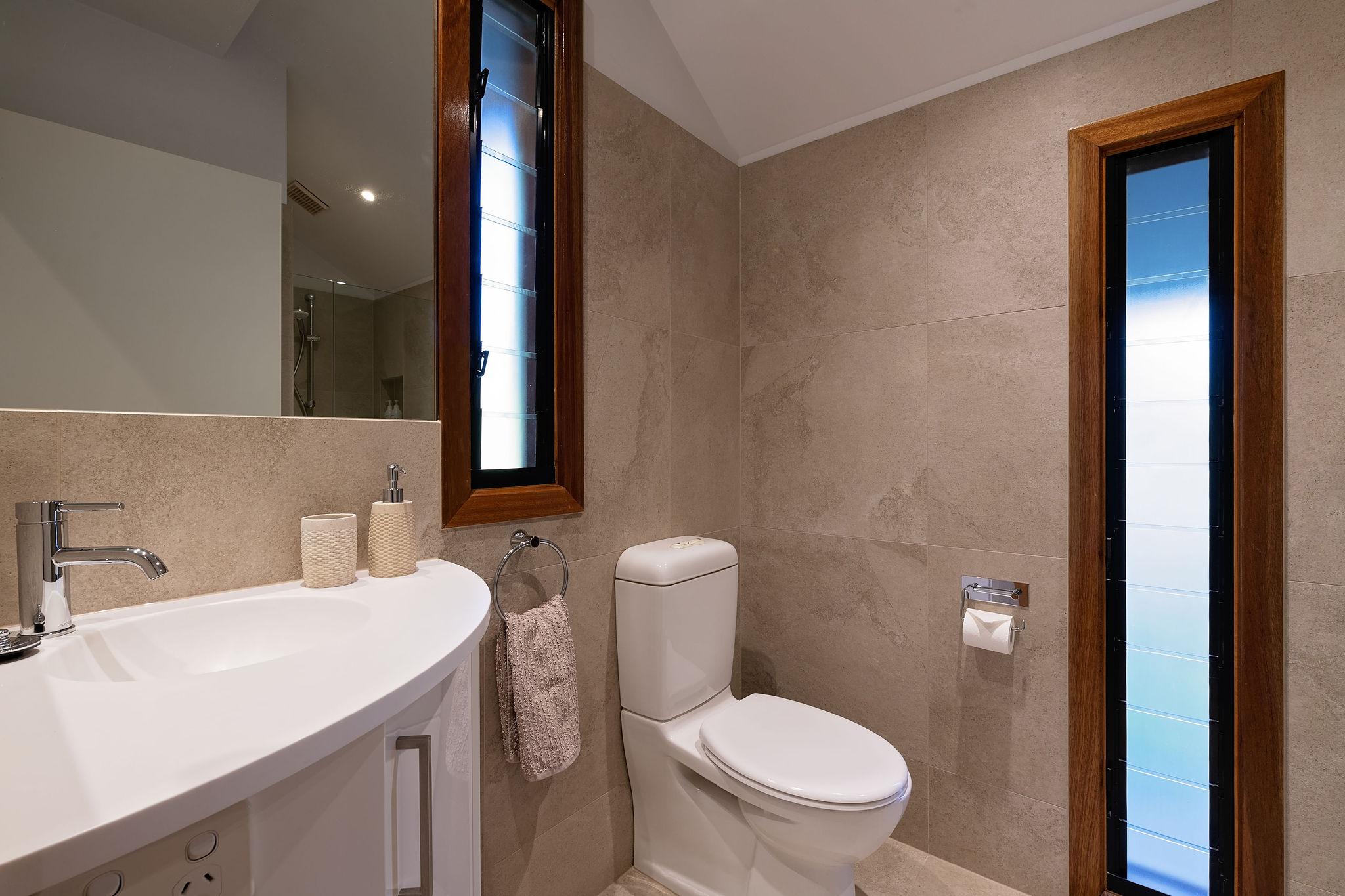 Gums bathroom
