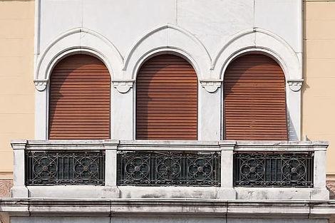 villa-town-home-building-marble-window-r