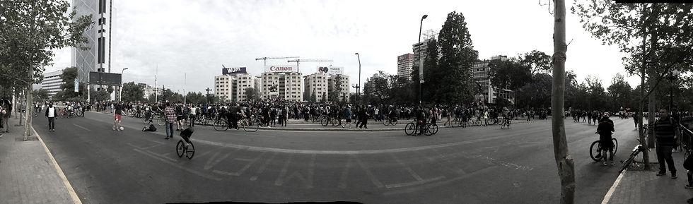 plaza%20dignidad_javiera%20rubilar_edite