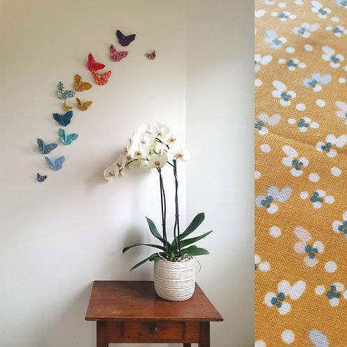 Décoration murale papillons en tissus arc en ciel