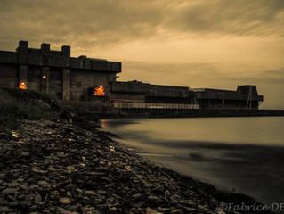 Pose longue le long de la base navale de Brest