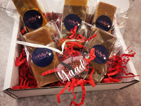 Festive Fudge box - 5 pieces