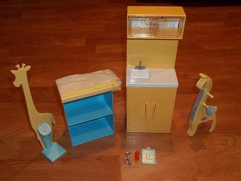 Vintage Barbie Doctors Office furniture