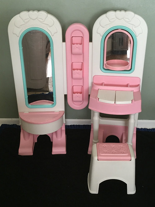 Fisher Price All in One Dress Up Vanity Play Set