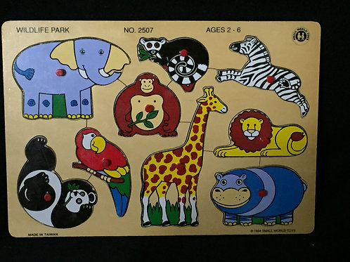 Small World Toys Ryan's Room Wooden Puzzle - Wildlife Park