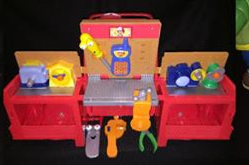 Fisher-Price Handy Manny's Transforming Tool Truck