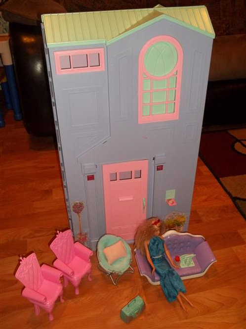 Barbie Talking Townhouse Playset (Barbie Sized)