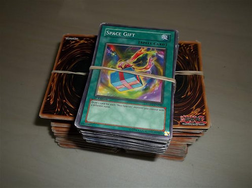 Yugioh Trading cards 100+ Cards