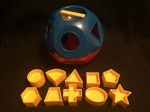 TUPPERWARE Shape-O Toy Ball Red & blue