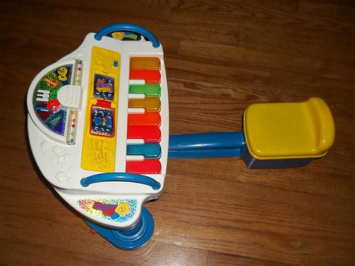 Fisher Price Rock & Play Piano