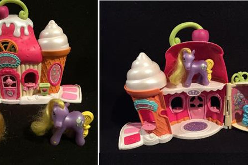 My Little Pony Ponyville Sweet Shop