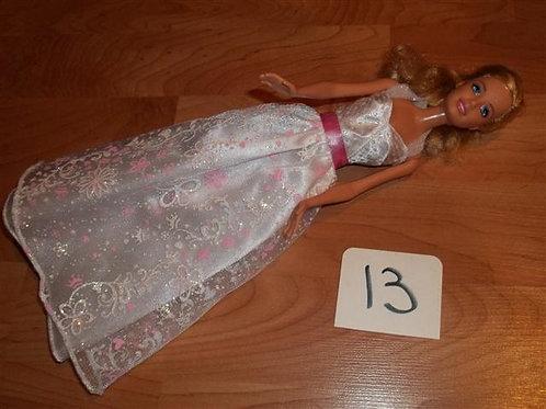 (13) Mattel Barbie