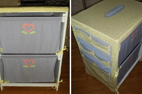 Bitty Things Storage Chest