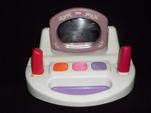 Little Tikes Play Pretend Vanity Beauty Set