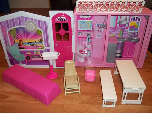 Barbie House Lot #3 (Barbie Sized)