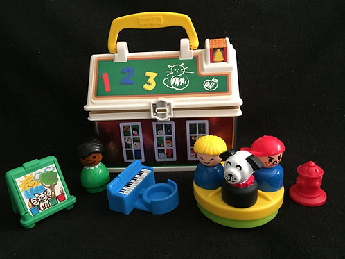 Fisher Price Little people Play and Go School