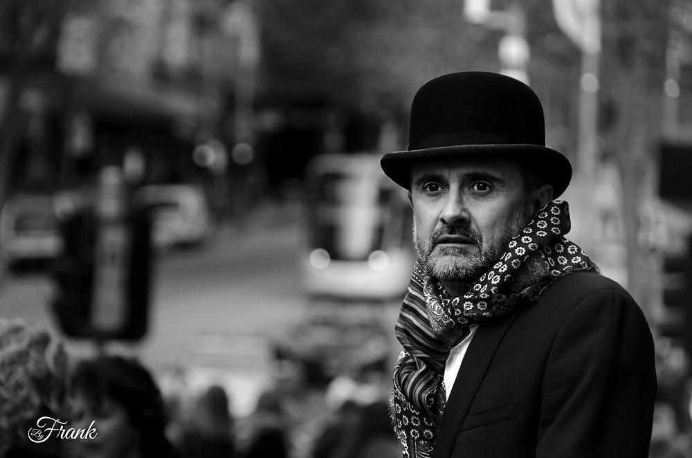 Award winning street photograph by Frank Perez