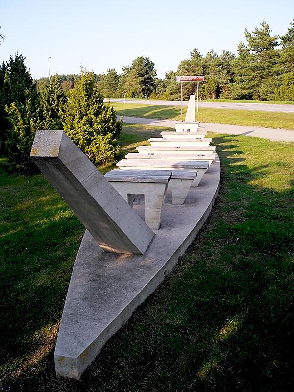 Памятник кораблям викингов в Сальме