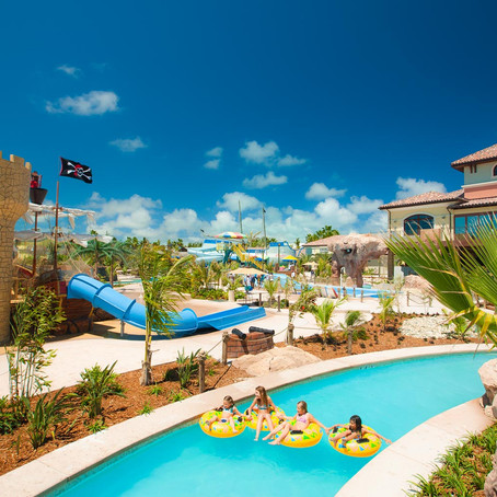 Top 5 Family Resorts with Water Slides