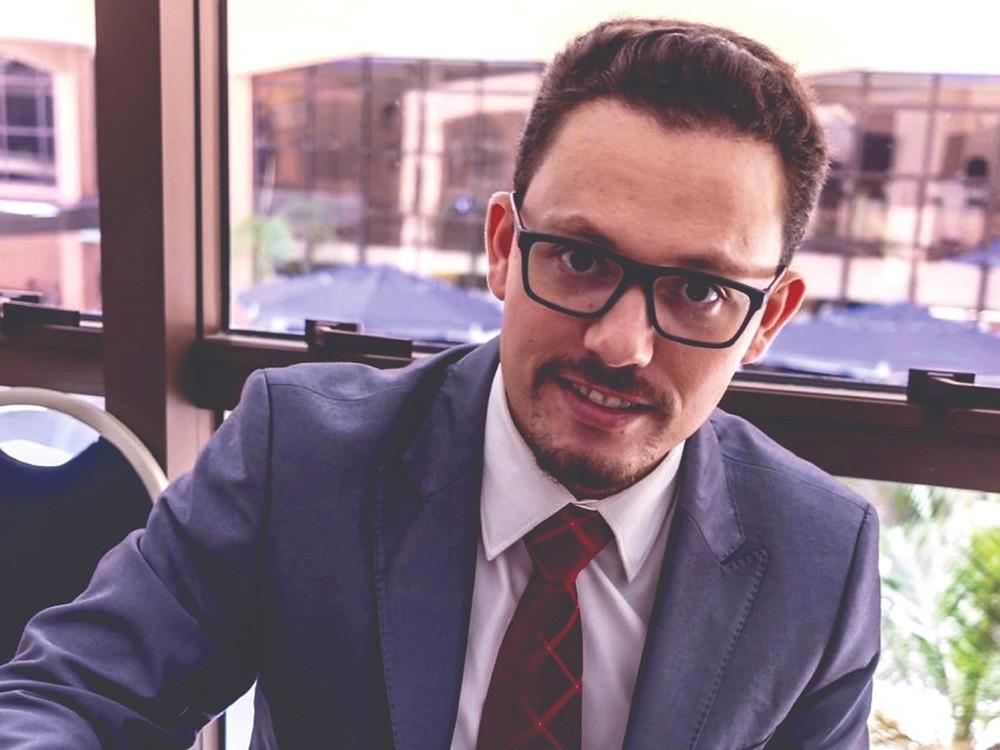 Dr Everson Salem Advogado previdenciário Florianópolis Aposentadoria
