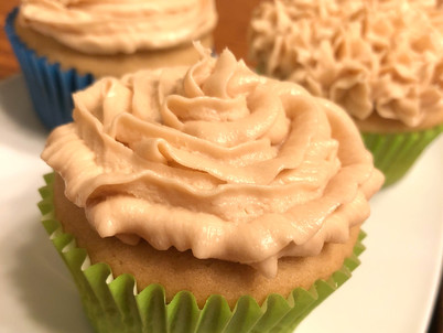 Maple Cupcakes with Maple Buttercream Frosting