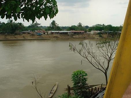 Desbordamiento de río San Jorge afecta a 300familias en Córdoba
