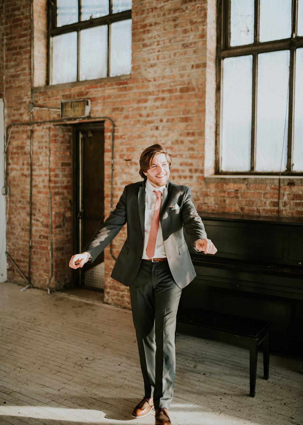 Chicago Groom on wedding day