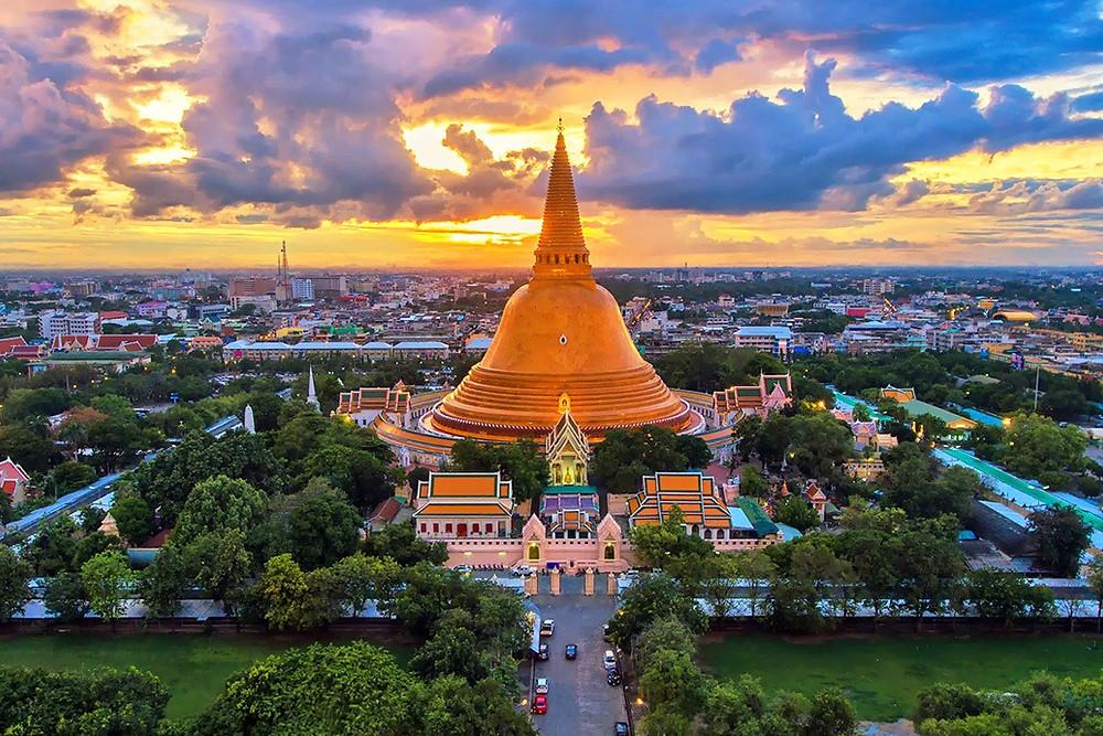 Nakhon Pathom golden temple- Wat Phra Pathom Chedi