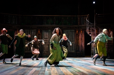 The RSC production of The Taming of the Shrew c Ikin Yum Photography