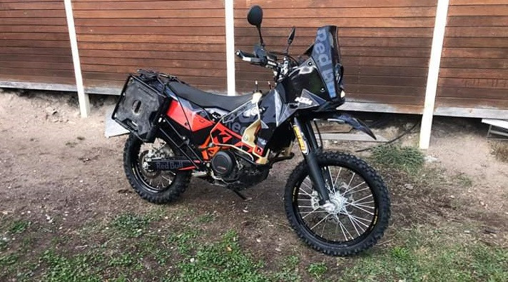 Trent's rebuilt KTM, the bike was originally owned by Barkbusters' Matthew Phillpott
