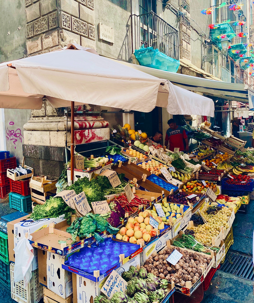 sicily-produce-open-air-market