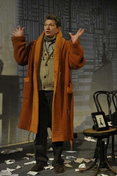 Андрей Ильин в спектакле «Игры одиноких»