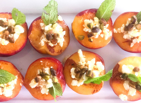 Healthy Recipe Ideas: Grilled Peaches with Feta and Honey