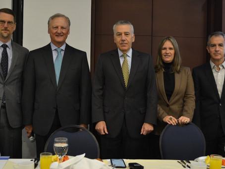 Power Breakfast de Bienvenida al Embajador de los Estados Unidos en Colombia Philip Goldberg