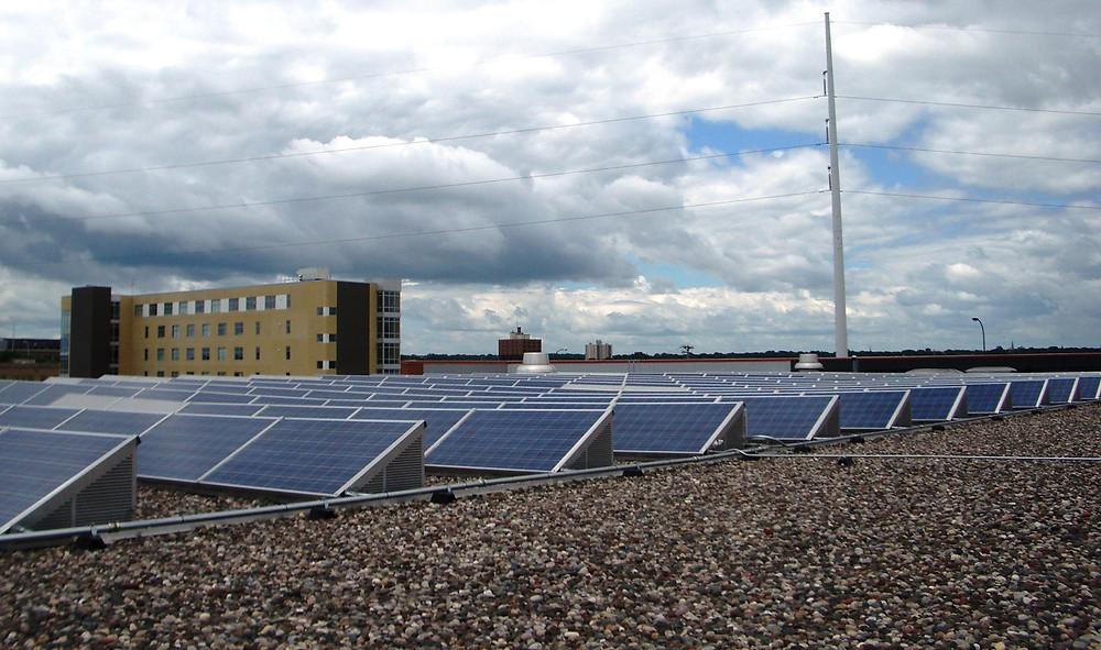 Business rooftop solar Minnesota