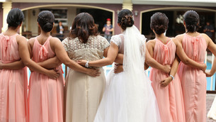 10 Bridesmaids Gift Ideas for Your Besties