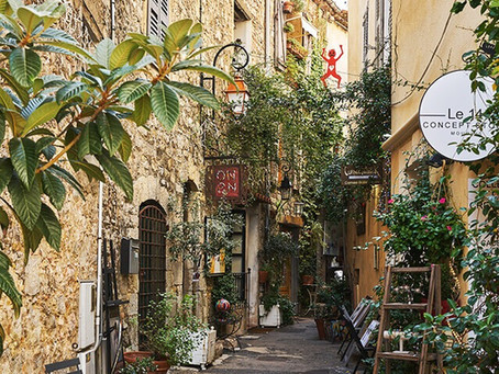 Mougins - The charming art Provence village