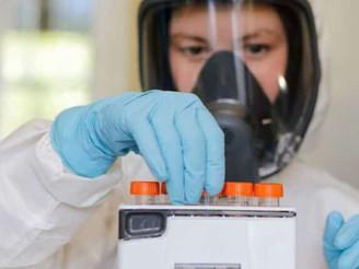 Investigadores de la Sputnik V sugieren a AstraZeneca combinar vacunas para aumentar la eficacia
