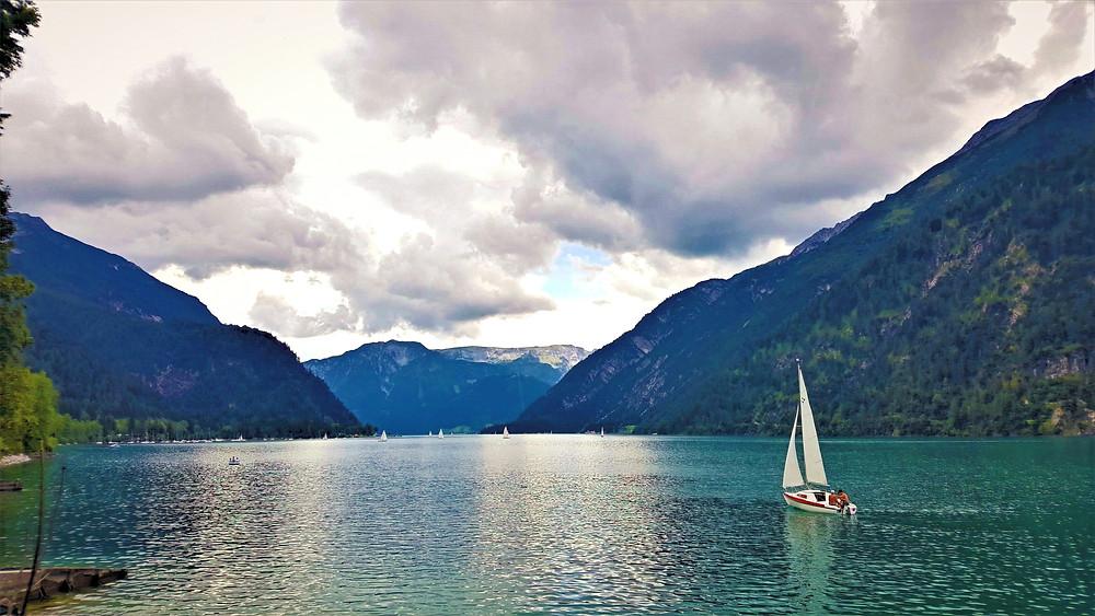 אגם אכנזי באוסטריה בטיול משפחות עם ילדים