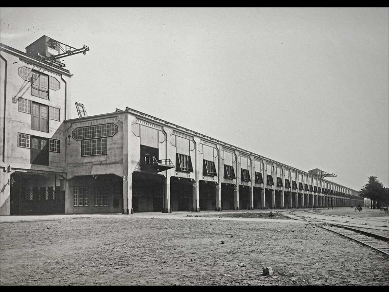 Fenix Deposu, 1923 yılında resmi olarak dünyanın en büyük deposu olarak açıklandı.