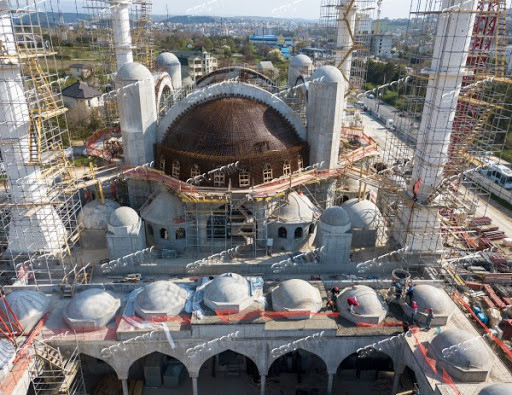 Cathedral mosque under construction