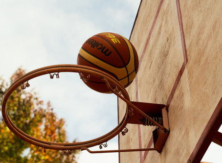 "7 FUN Ways for Parents to Practice and ""Sneak In"" Basketball Skills with their Kids"