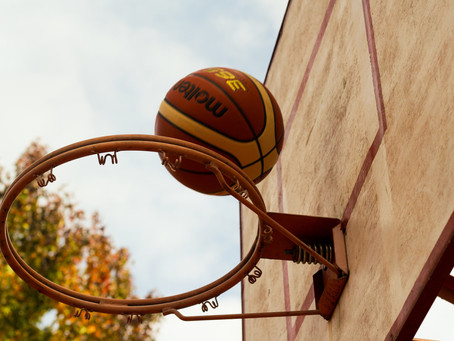 """7 FUN Ways for Parents to Practice and """"Sneak In"""" Basketball Skills with their Kids"""