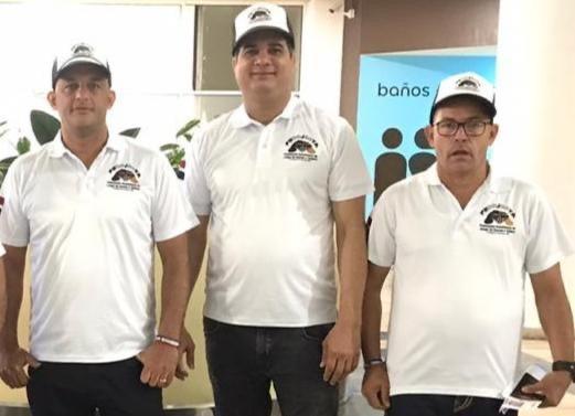 Integrantes de los campeones Todos Estrellas de Santo Domingo Este