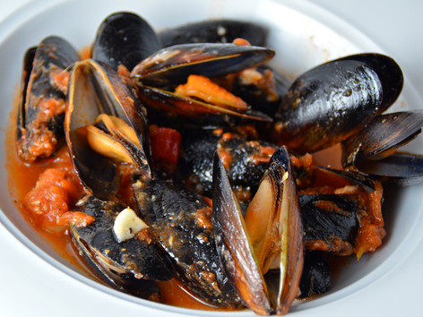 Bloody Mary Mussels
