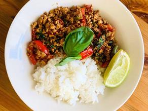 Recept pro 4 osoby Thai Kra Pao Tofu s rýží