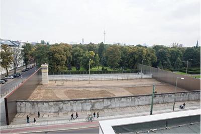 Berlin Wall Memorial (Gedenkstaette Berliner Mauer)